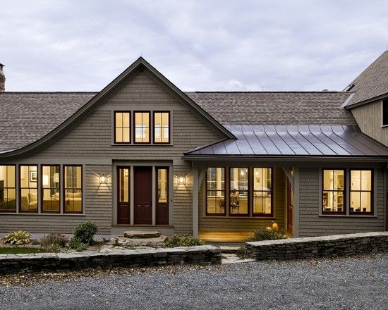 Mixed Roofing Materials Design Ideas Pictures Remodel And Decor Traditional Exterior Shingle Style Homes House Exterior