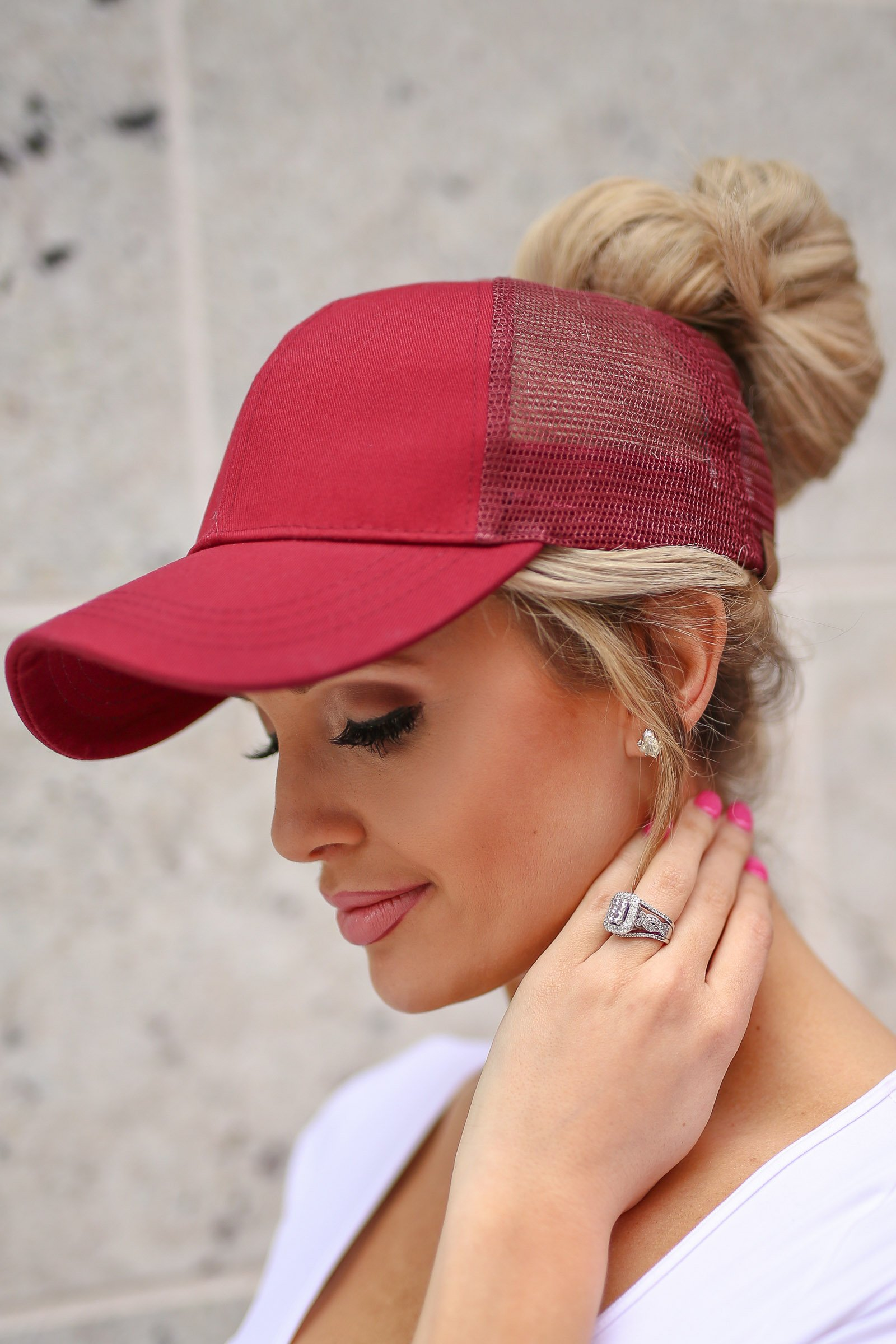 dd296ab906cbe Amore Ponytail Hats Messy Top Buns