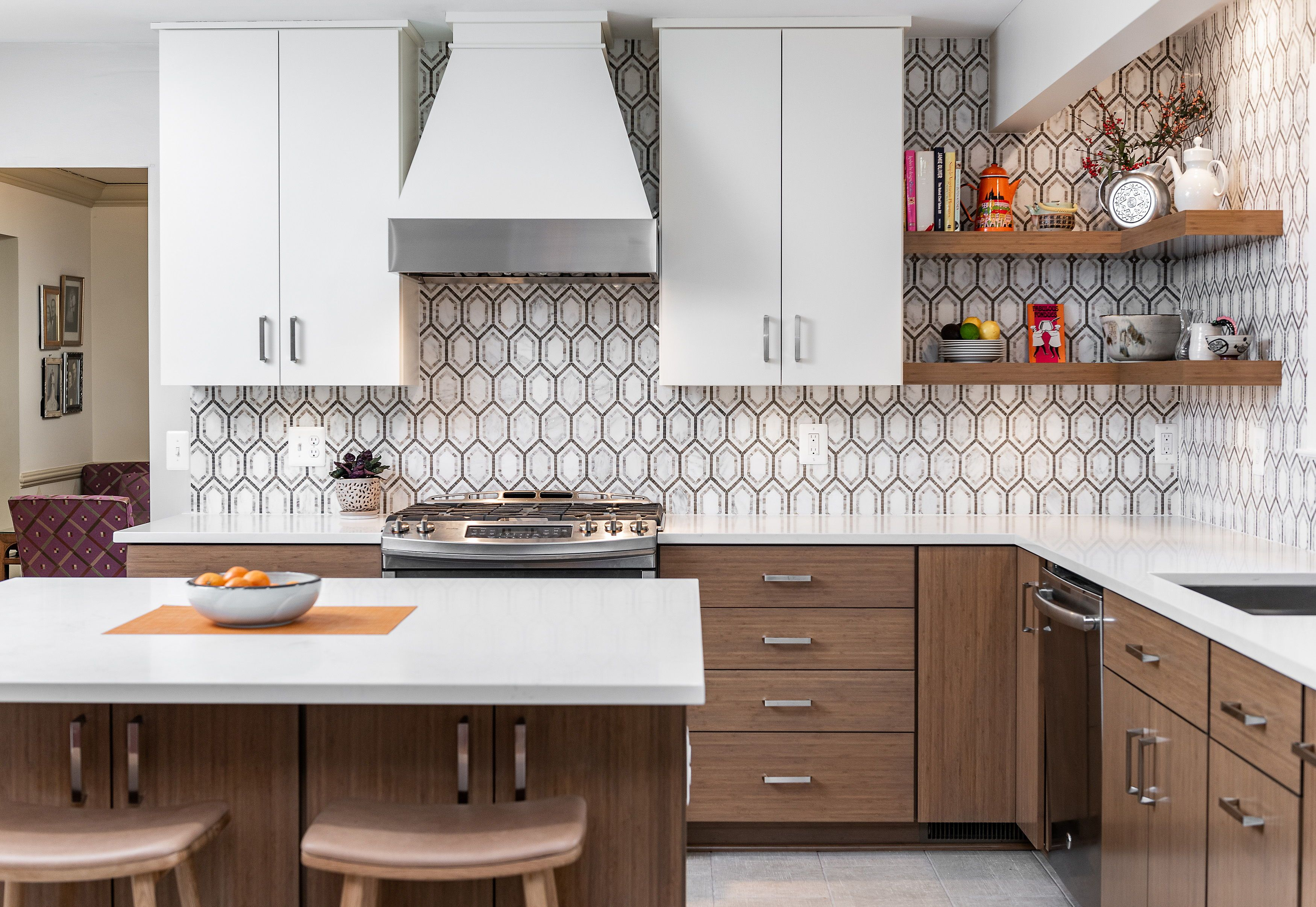Baltimore Md K S Renewal Systems Llc In 2020 Contemporary Kitchen Modern Kitchen White Quartz Countertop