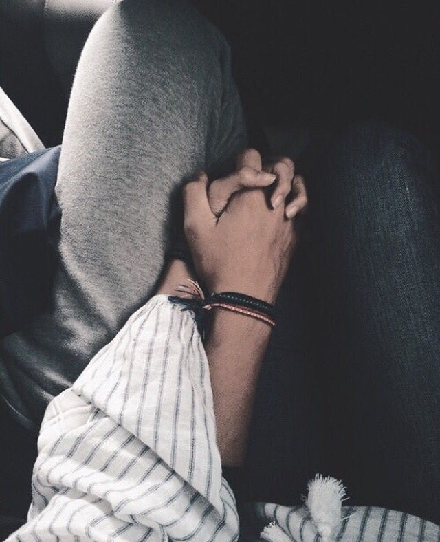 Holding hands | Cute couples goals, Cute relationships, Cute ...