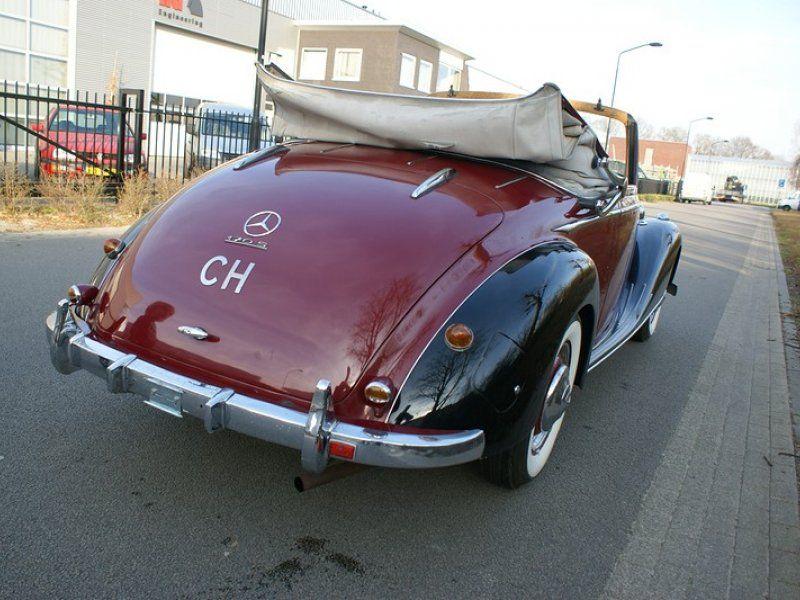 Pin op Mercedes