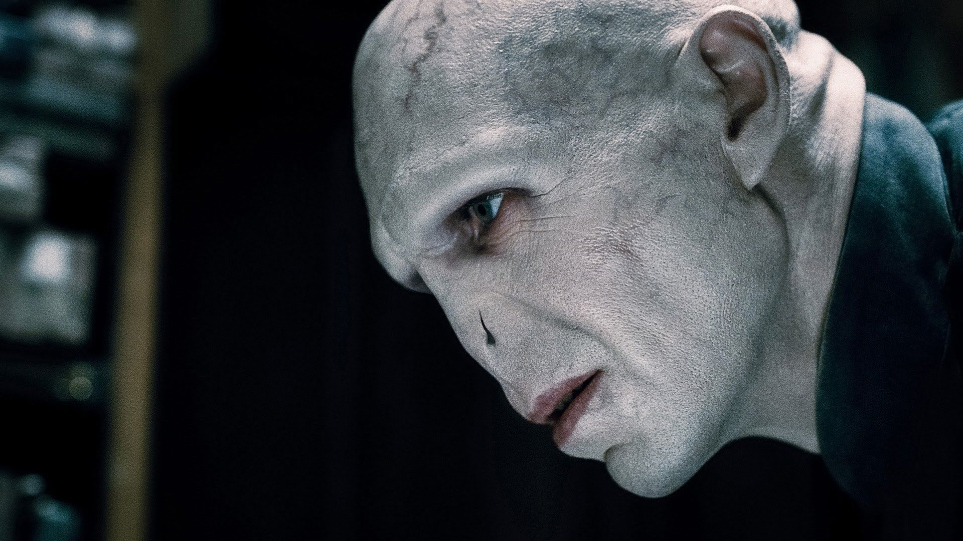How To Do A Voldemort Makeup Look Harry Potter Voldemort Harry Potter Bosewichte Lord Voldemort