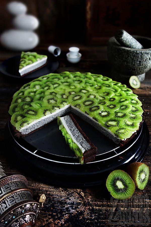 Schwarze Sesam-Tarte mit Kokos-Panna Cotta und Kiwi - Zungenzirkus #pannacotta