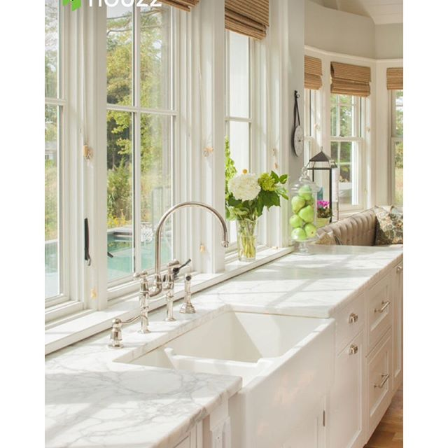 """Light and Bright ⚓️⚓️⚓️ via Connecticut Stone at: http://houzz.com/photos/"
