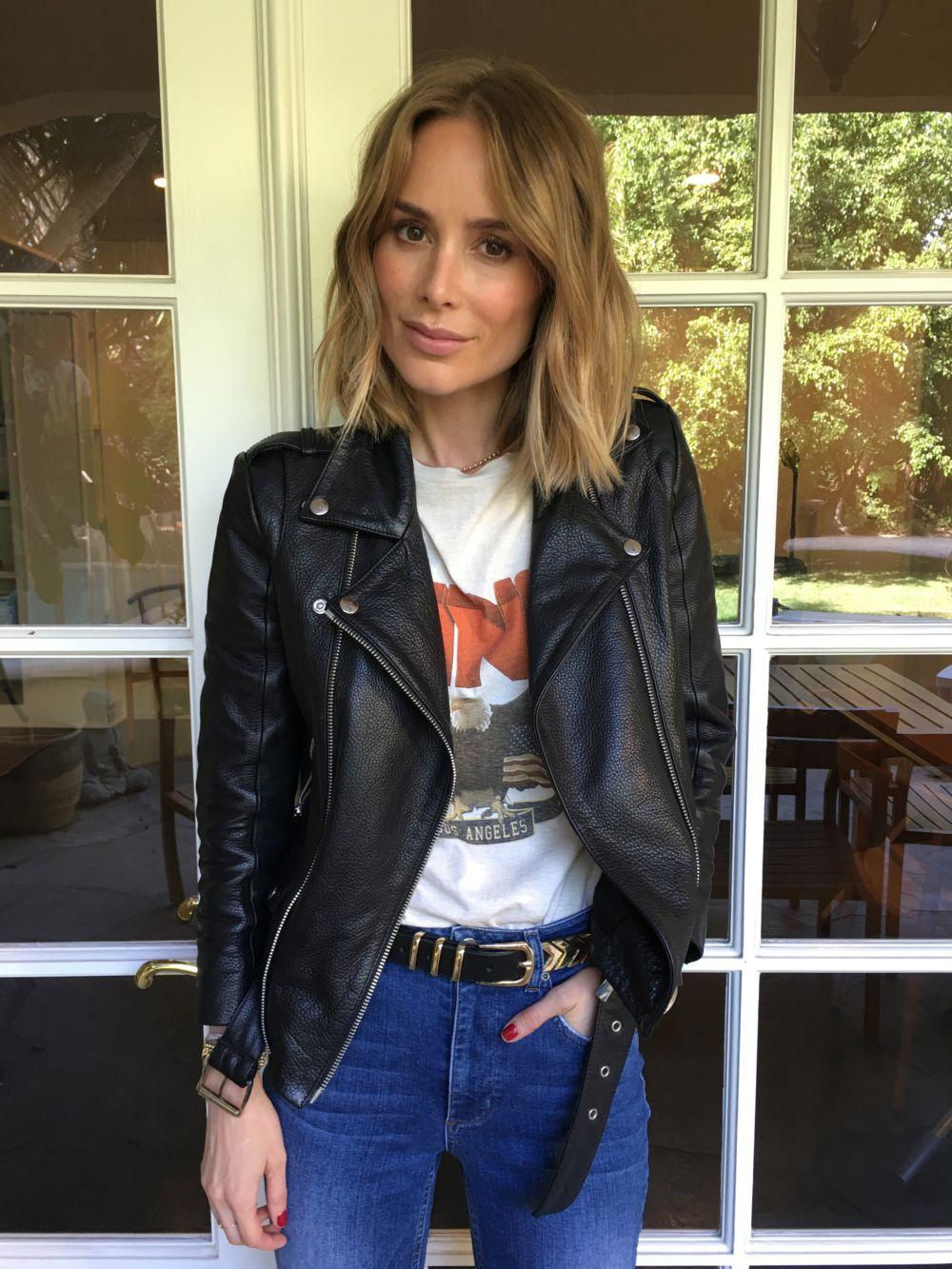 3413d92dd4 ANINE BING cropped moto jacket – ANINE BING vintage bing tee – ANINE BING  metal fishbone belt in gold – ANINE BING jeans with hem detail