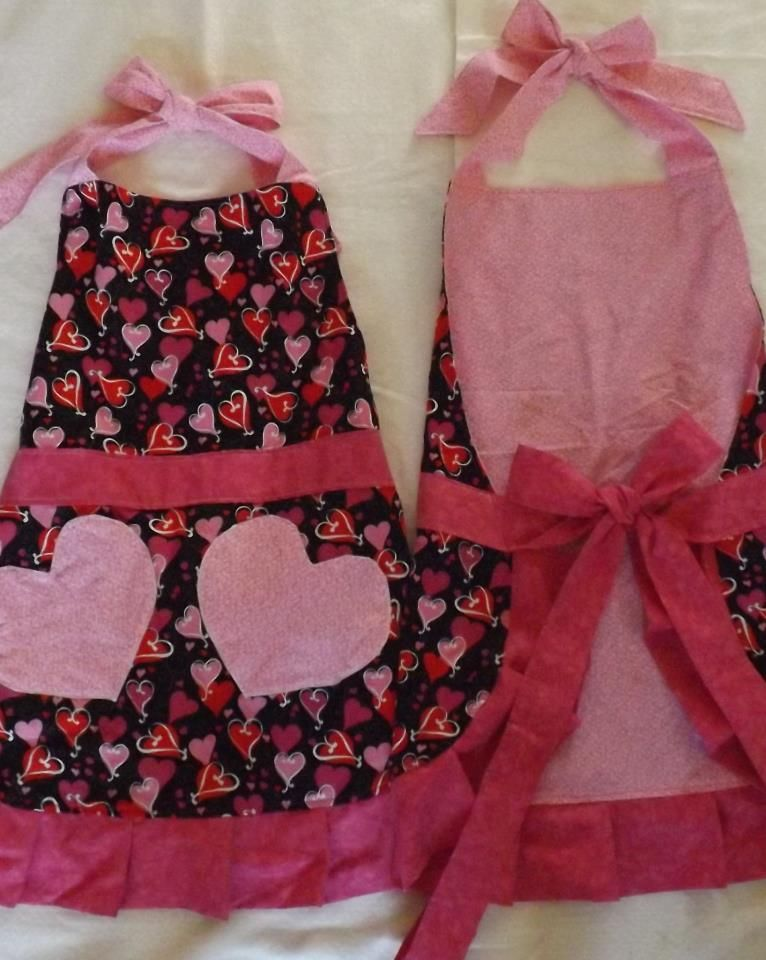 Valentine Aprons With Heart Pockets