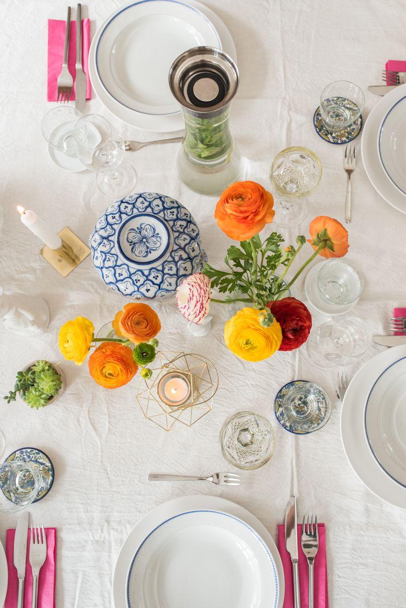 Tischdeko Ideen für Ostern mit Ranunkeln und vintage ...