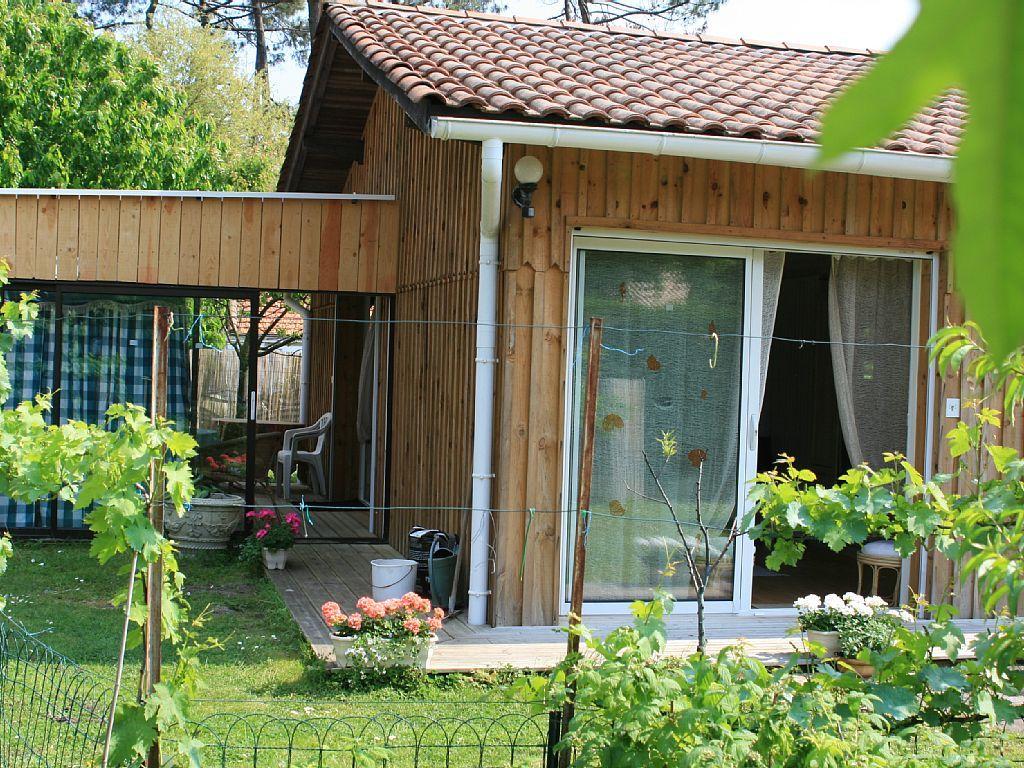 Gites paisibles dans un jardin ombrage avec piscine couverte et chauff e abritel location - Gite dans les landes avec piscine ...