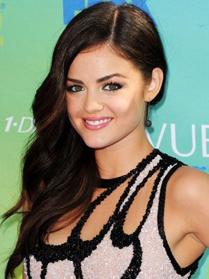 Lucy Hale's side-swept waves are stunning!