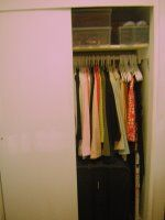 No wire hangers! Tips for an organized closet. | My First Apartment