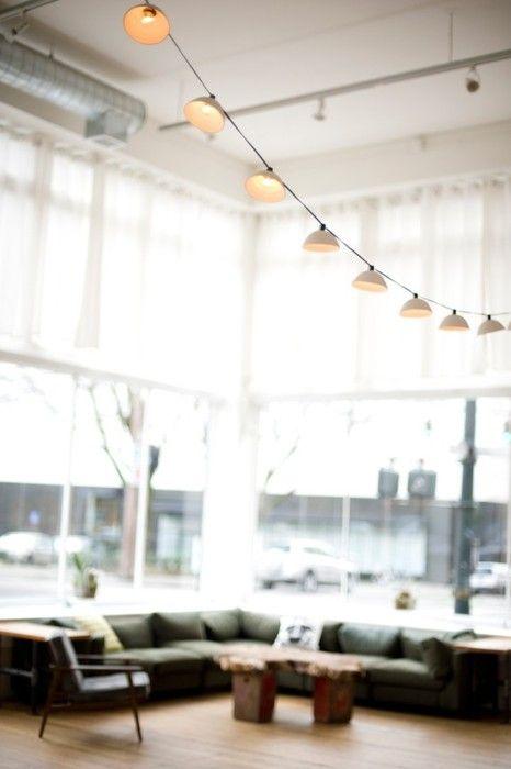 au dessus d 39 une table de salle manger projet maison. Black Bedroom Furniture Sets. Home Design Ideas