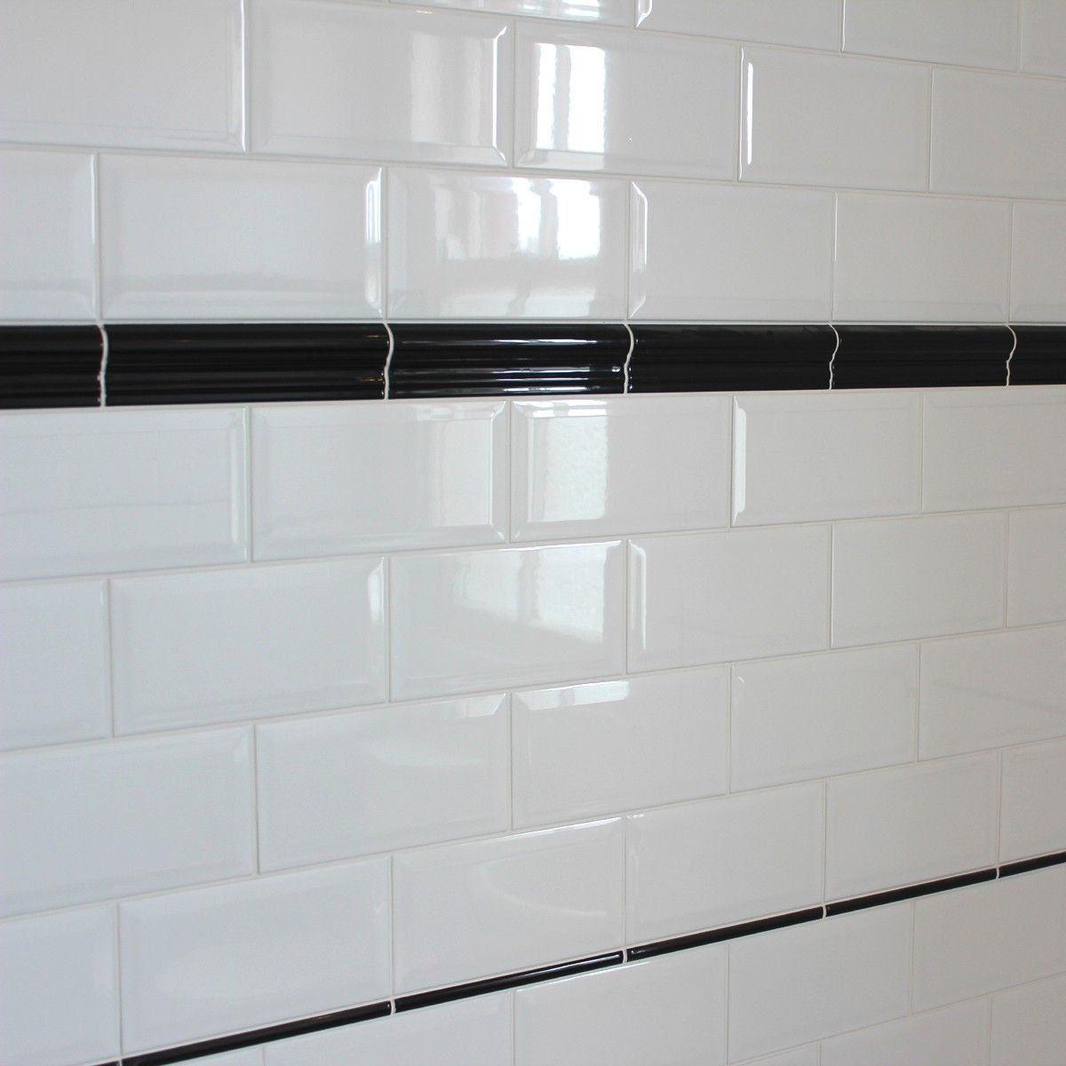 Black and white bathroom wall tiles - Bevelled Edge Ceramic Wall Tile Gloss White Finish In A Solid Colour Ideal For
