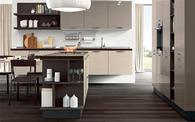 Cucina moderna su due lati con isola - Composizione 0515 - Vista ...