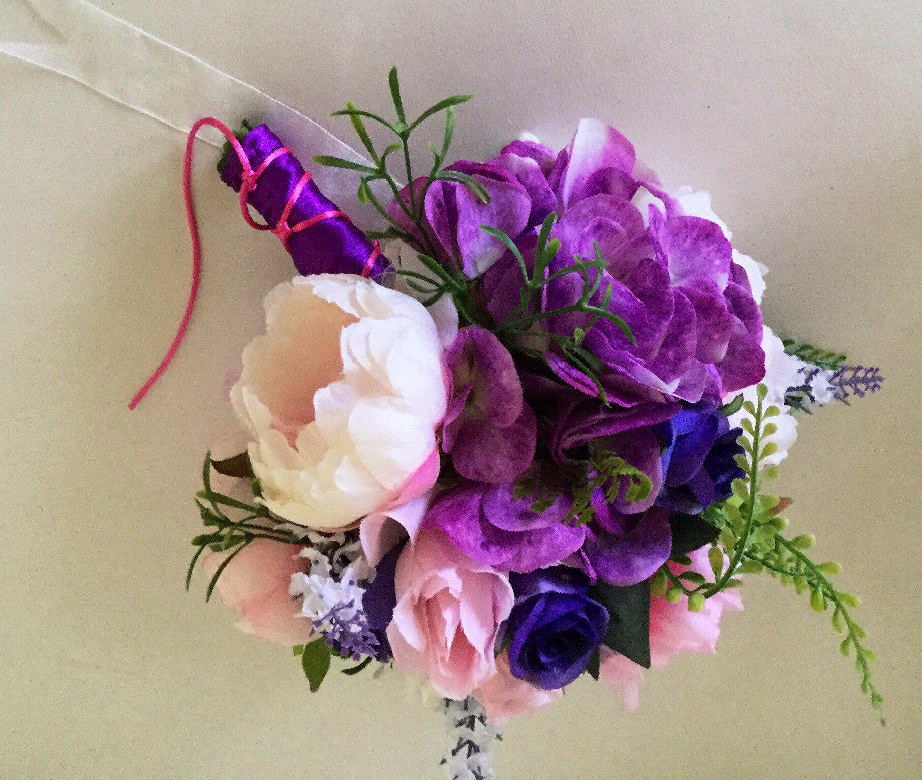 Spring Mixed Flower Wedding Bouquet Flower Arrangements