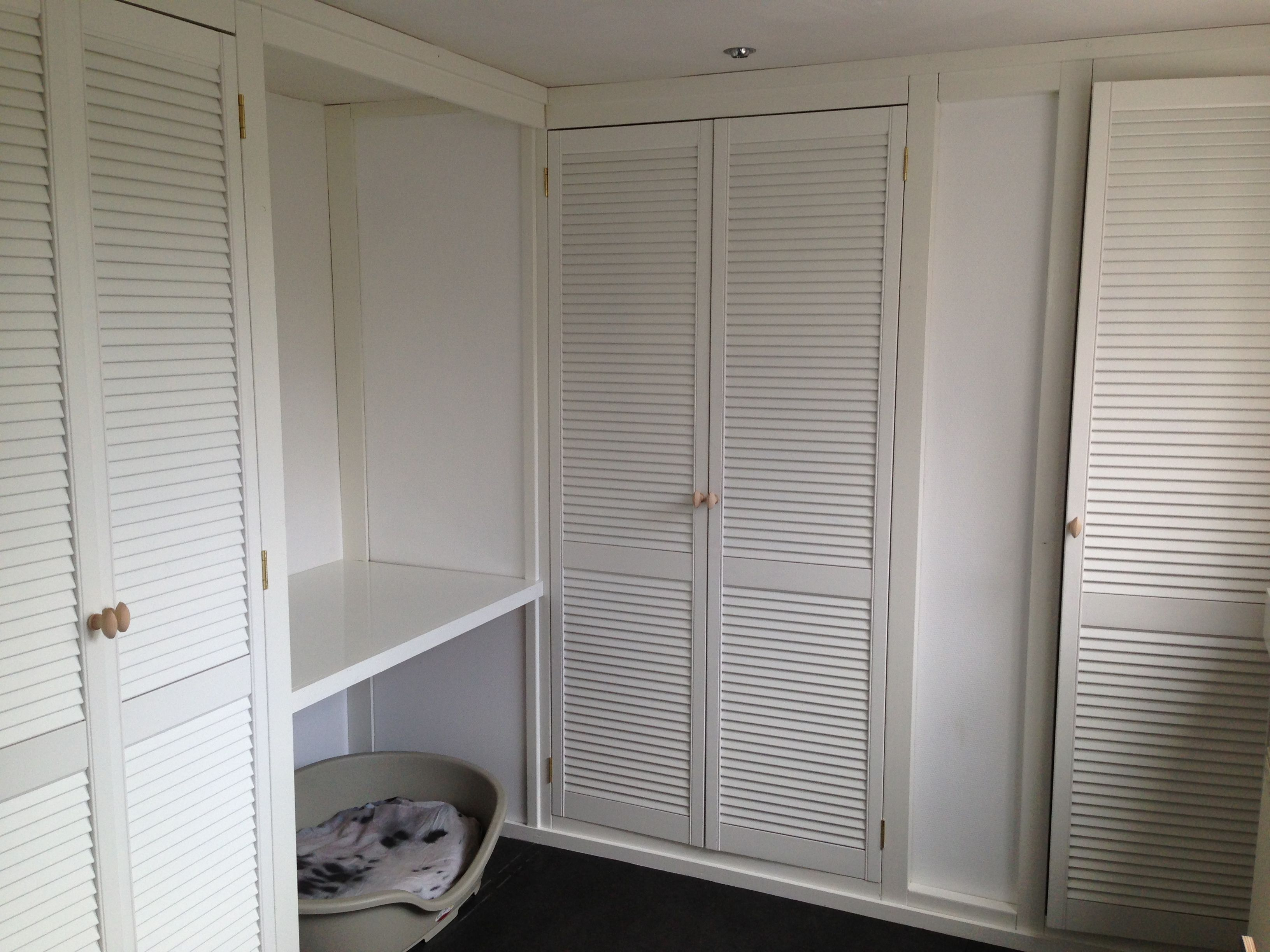 louvre doors ikea ikea louvre doors ex les ideas. Black Bedroom Furniture Sets. Home Design Ideas