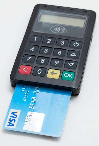 BluePad-50 Bluetooth smart card, mag stripe reader with PIN pad - credit card payment calculator