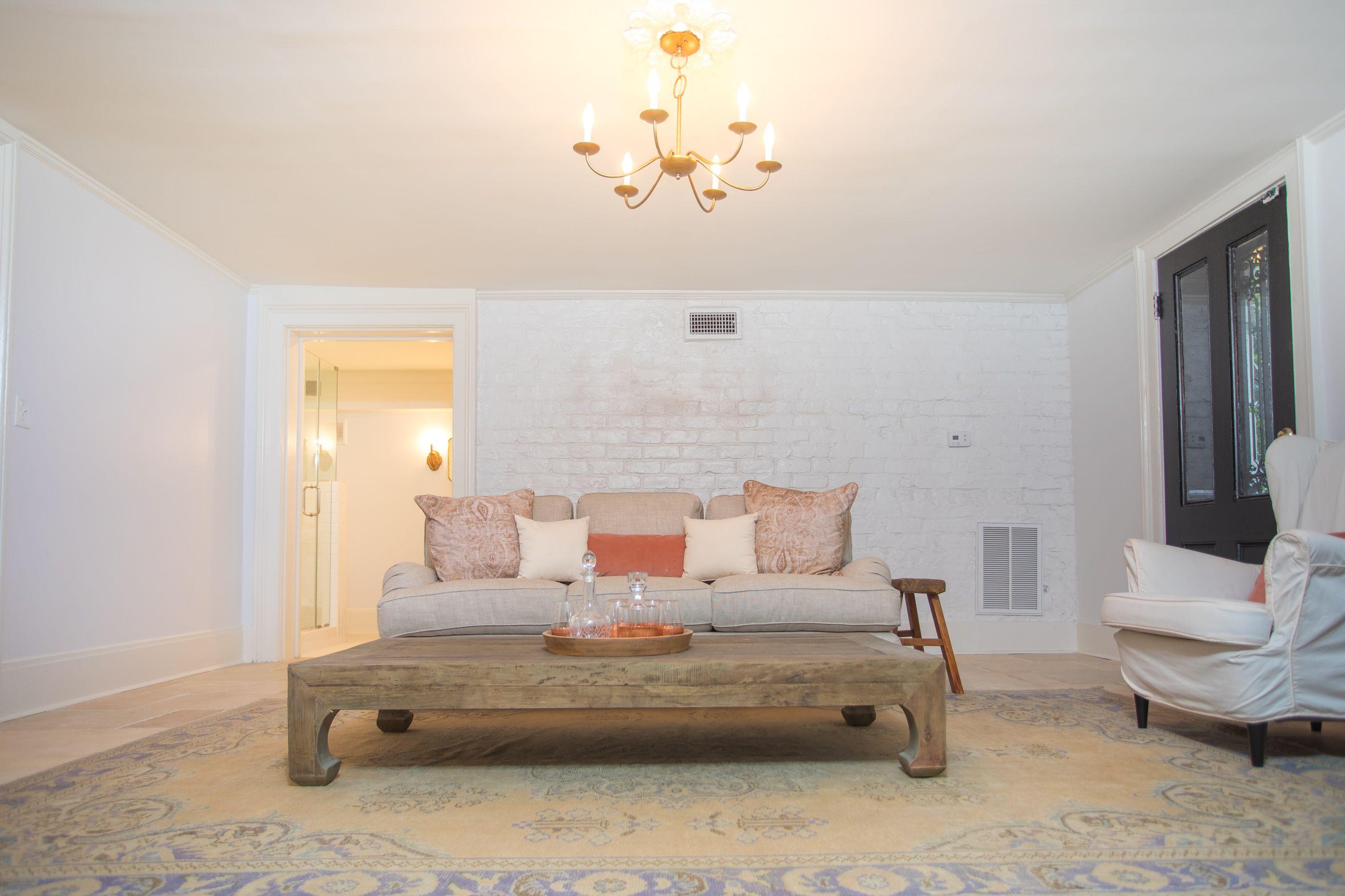 Mansion On Madison Garden Apartment   Savannah Rentals   Lucky Savannah