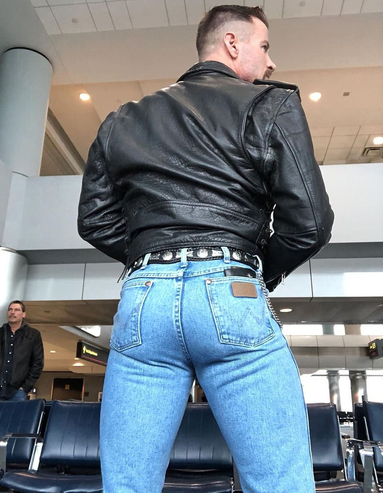 gay in jeans man skintight