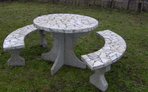 mesas de jardin materiales piedra delumu mesas de