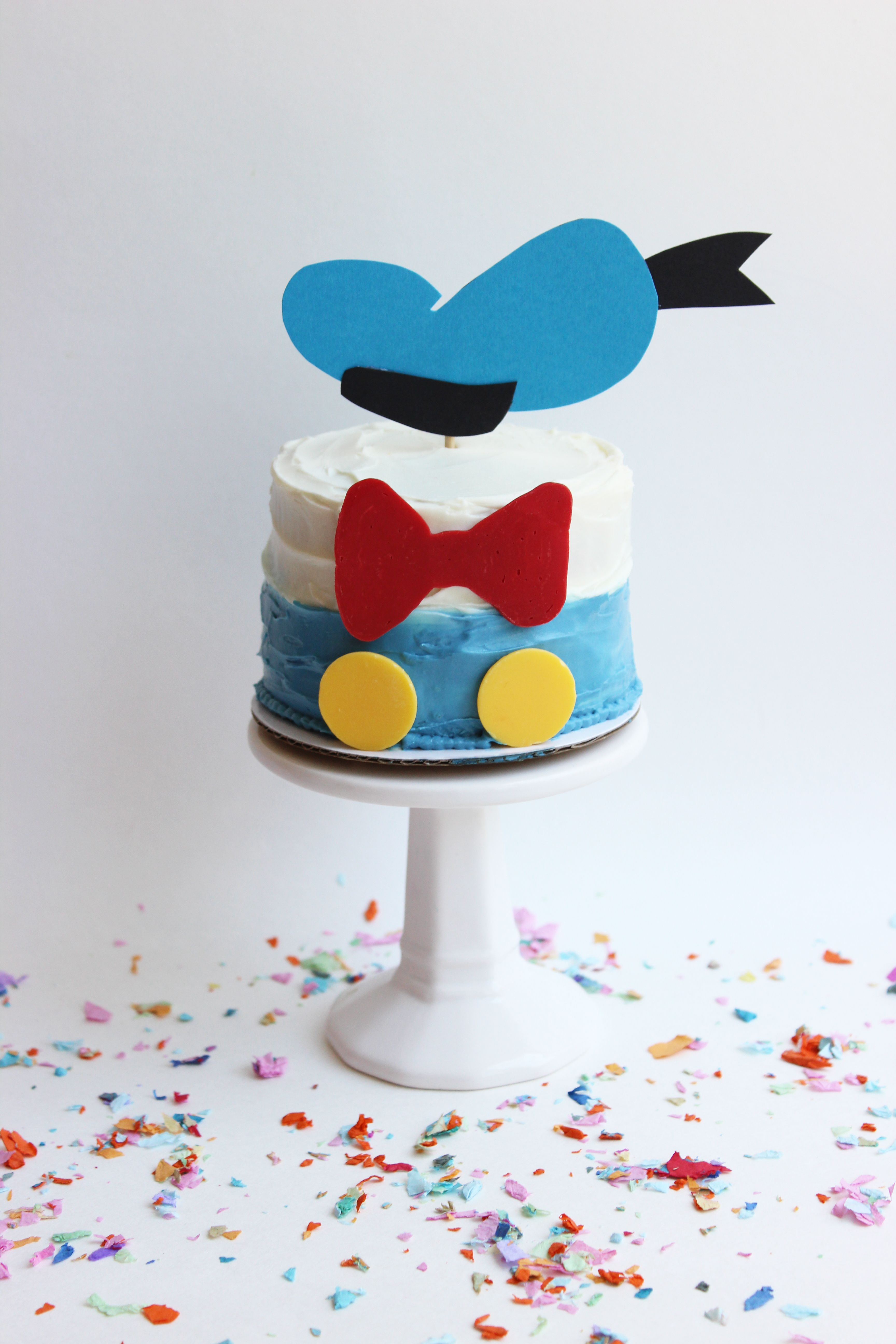 7ae71d9ae Your tastebuds will thank you for this Donald Duck-inspired treat. Donald  Duck Cake