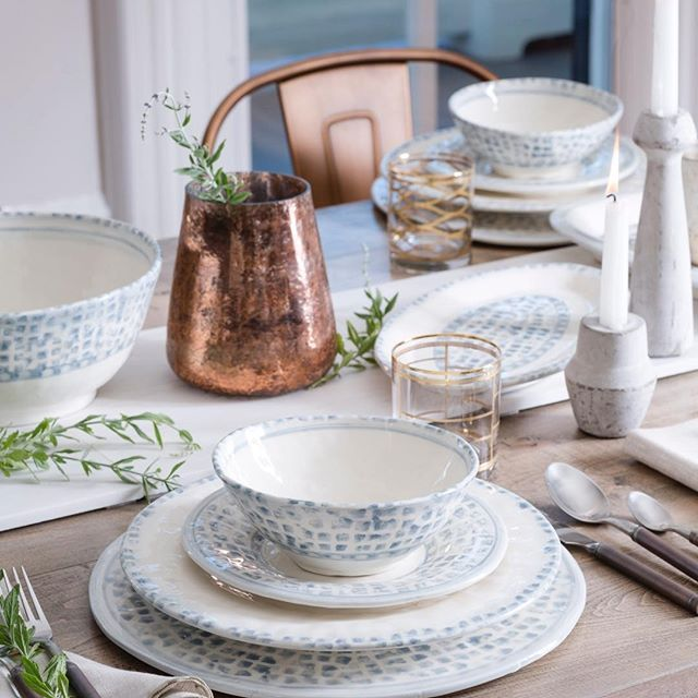 Blue and White Dinnerware Yet another blue and white tabletop. Mosaico Blu is one of our favorite Italian dinnerware collections. The design reminu2026 & Blue and White Dinnerware: Yet another blue and white tabletop ...