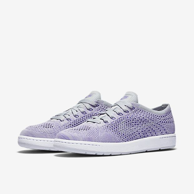 NikeCourt Tennis Classic Ultra Flyknit Women s Shoe   Fit   Stylish ... c85960c759