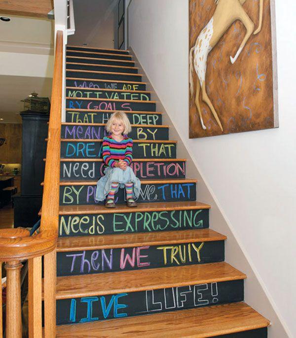 consejos para decorar o pintar las escaleras del hogar