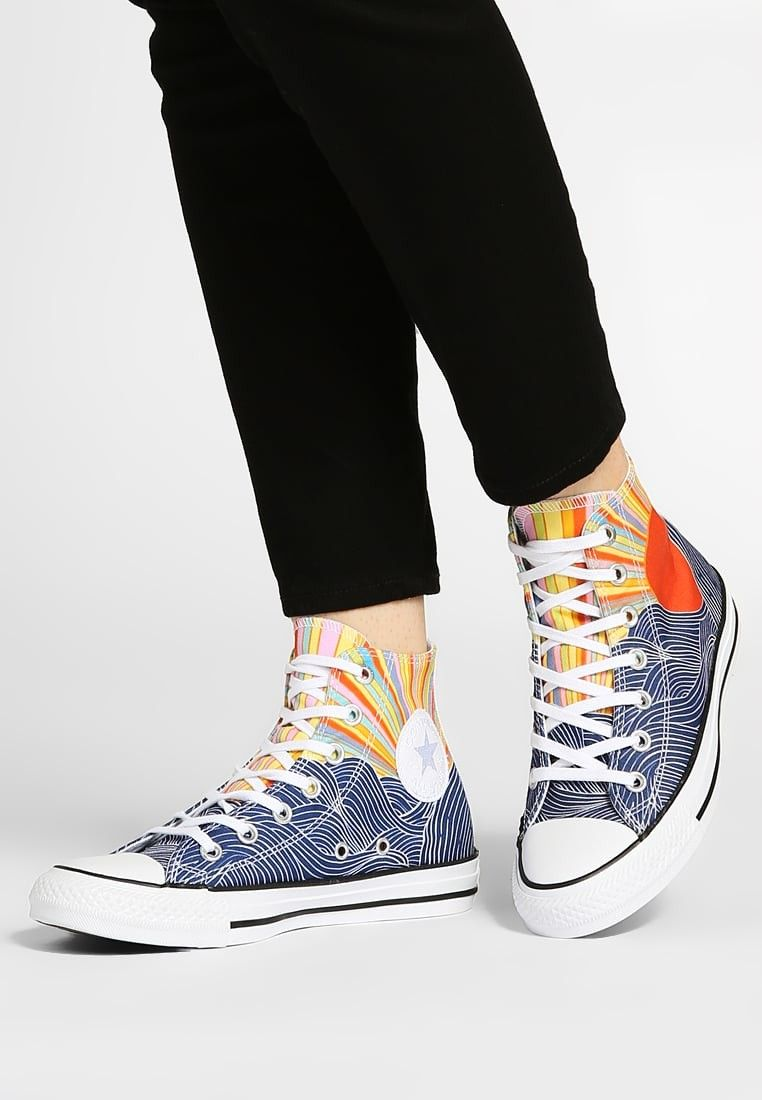 Pin by Kelley R. Brownlow on Casual Style: Converse in 2020