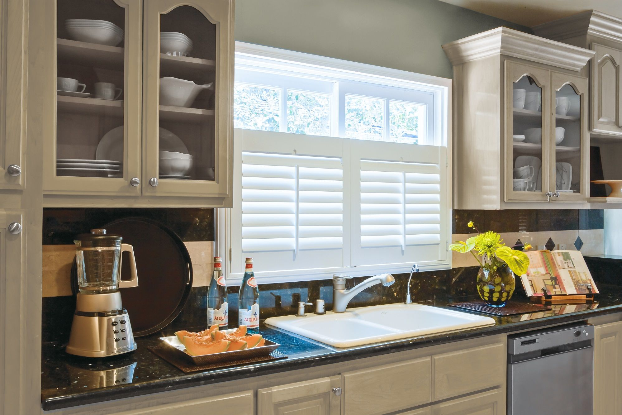 Cafe style shutters in kitchen cafe style shutters cafe