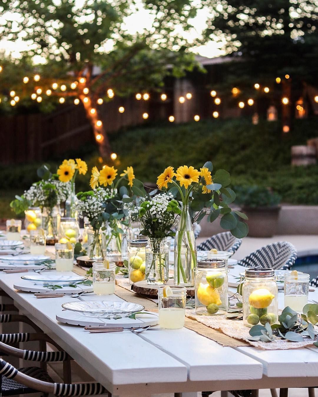 The best part of summer? Tablescapes like this one