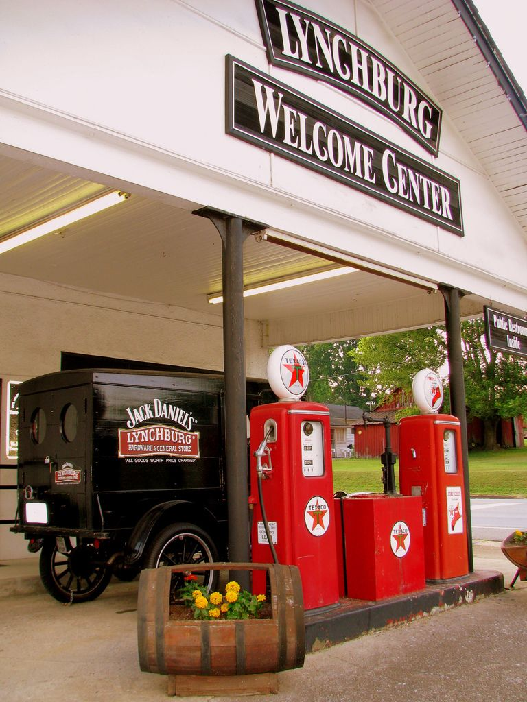 Lynchburg Tn Welcome Center Lynchburg Oldest Whiskey Texaco Vintage