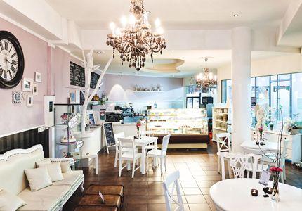 cakes 39 n 39 treats the lovely vegan caf dortmund d sseldorf pinterest dortmund imbiss. Black Bedroom Furniture Sets. Home Design Ideas