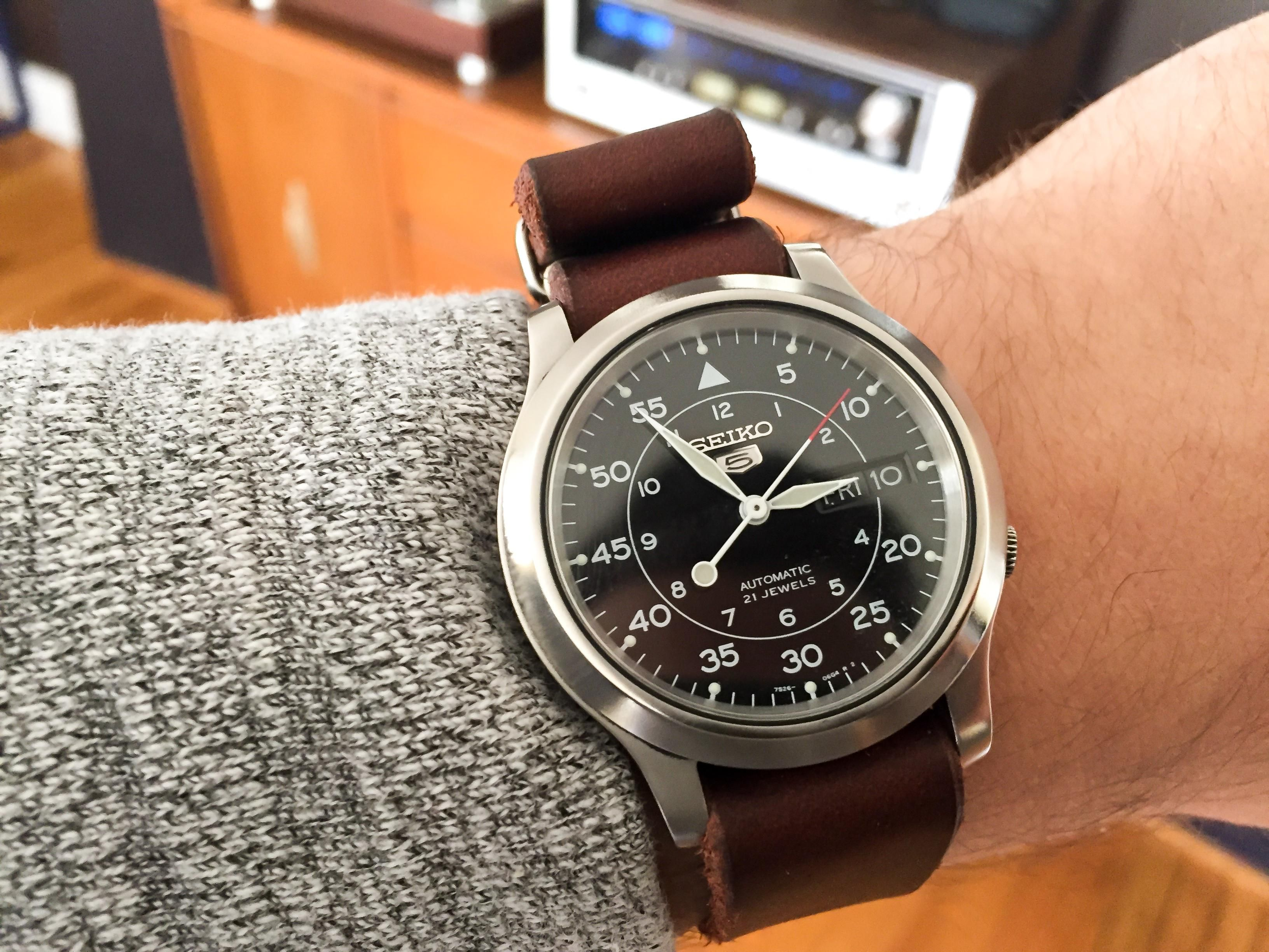 299222368 A polished bezel makes all the difference on this Seiko SNK809 ...