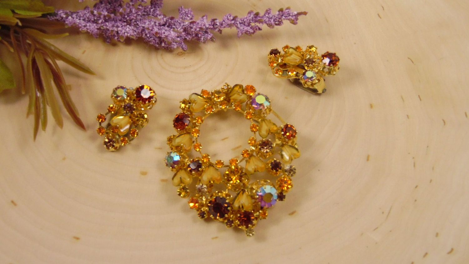 Vintage Austria Crystal Brooch And Earring Set, Rootbeer Amber,Citrine Yellow, Topaz, Aurora Borealis Crystals Set in Goldtone by BessyBellVintage on Etsy