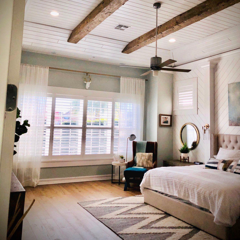 34+ Bedroom with wooden ceiling beams info cpns terbaru