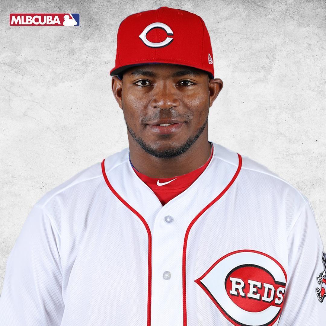 Mlb Cuba On Twitter Cincinnati Reds Baseball Yasiel Puig Cincinnati Reds