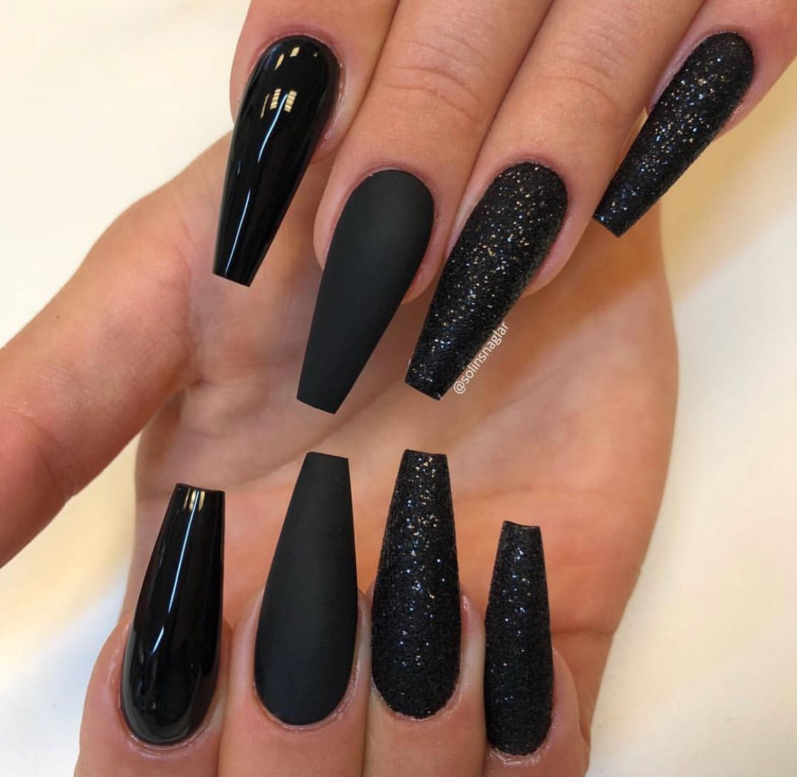 Nails Women Style Beauty Long Black Nails Black Acrylic Nails Gorgeous Nails
