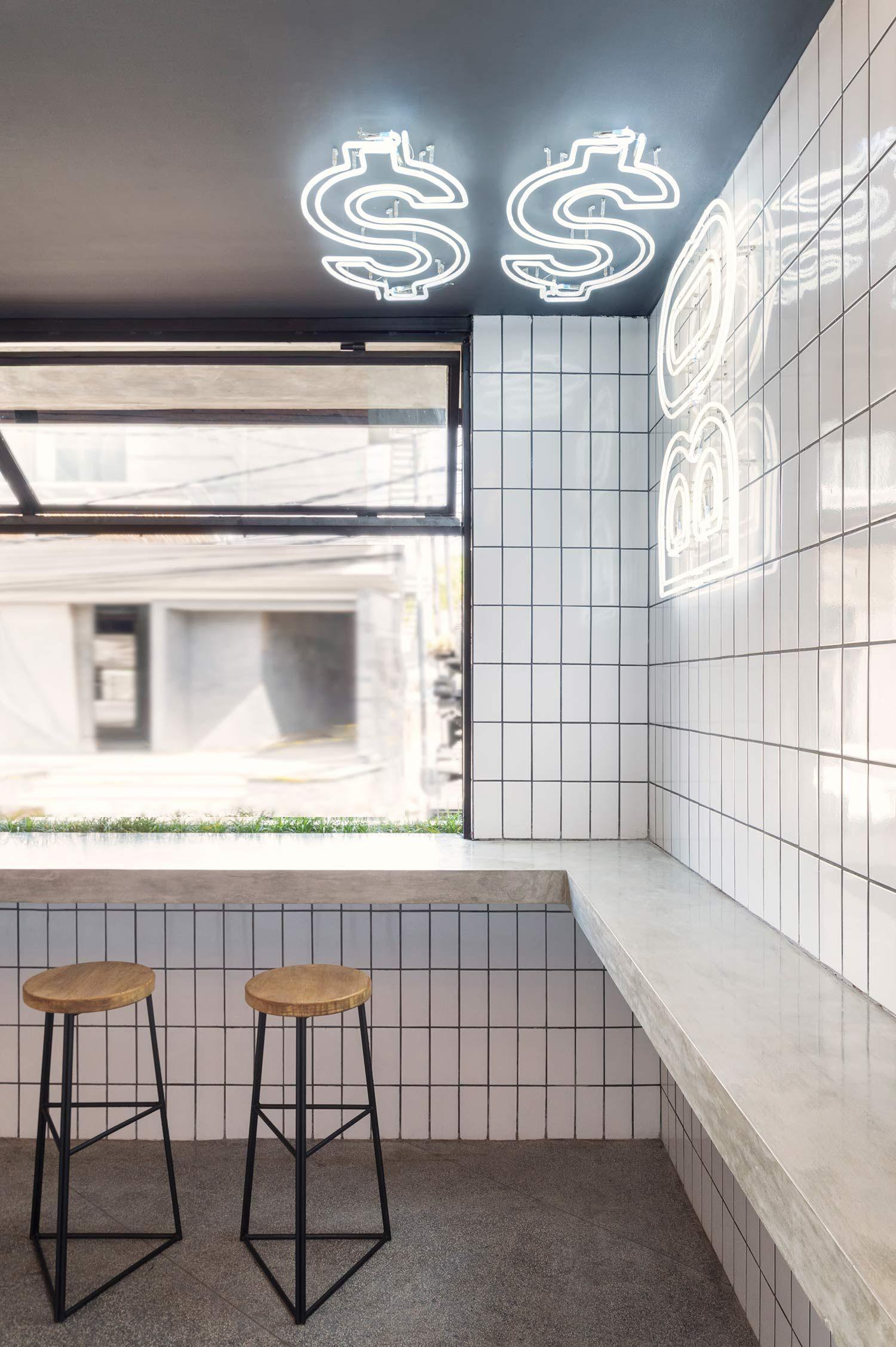 BO$$ Man Bali: Gourmet with Attitude | Spaces | Burger bar