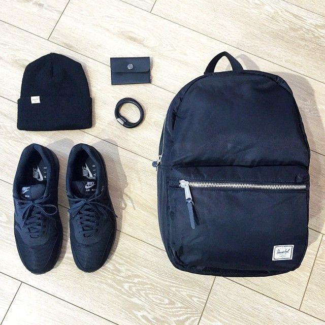 82649103e55a All black starter kit. Herschel Supply Settlement backpack