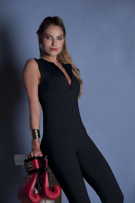 0bf81e00ffbe ... Fitness de Ouseuse OU Lingerie. macacão em tecido emana (anti celulite)  com tule power/ fabric suit exudes (