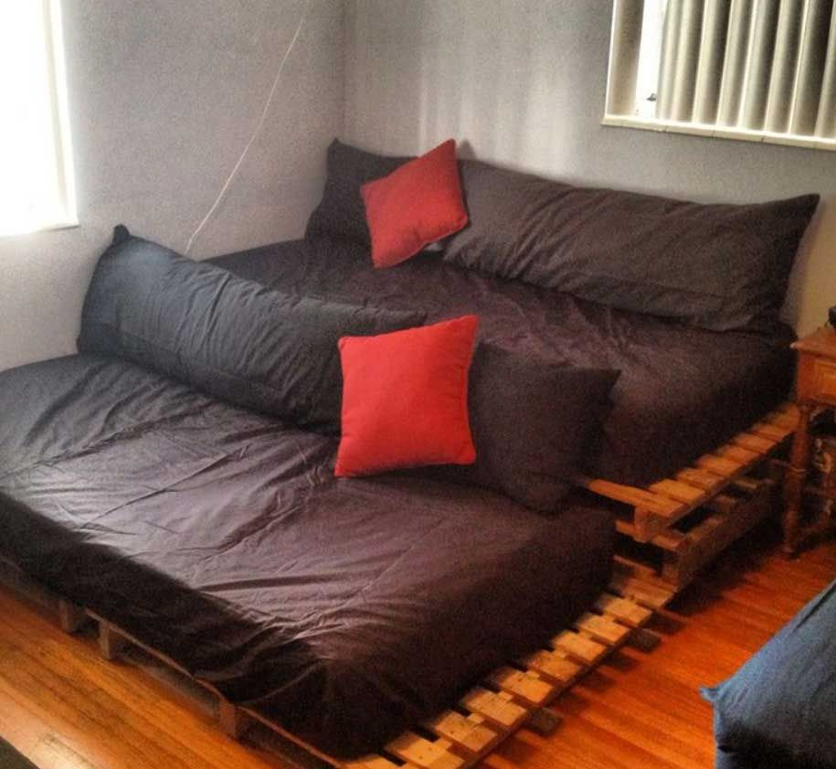 Cheap Diy Home Theater Seating With Pallets