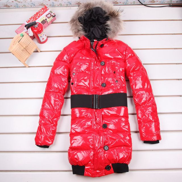 outlets Moncler Pop donne stelle lungo tratto di rosso