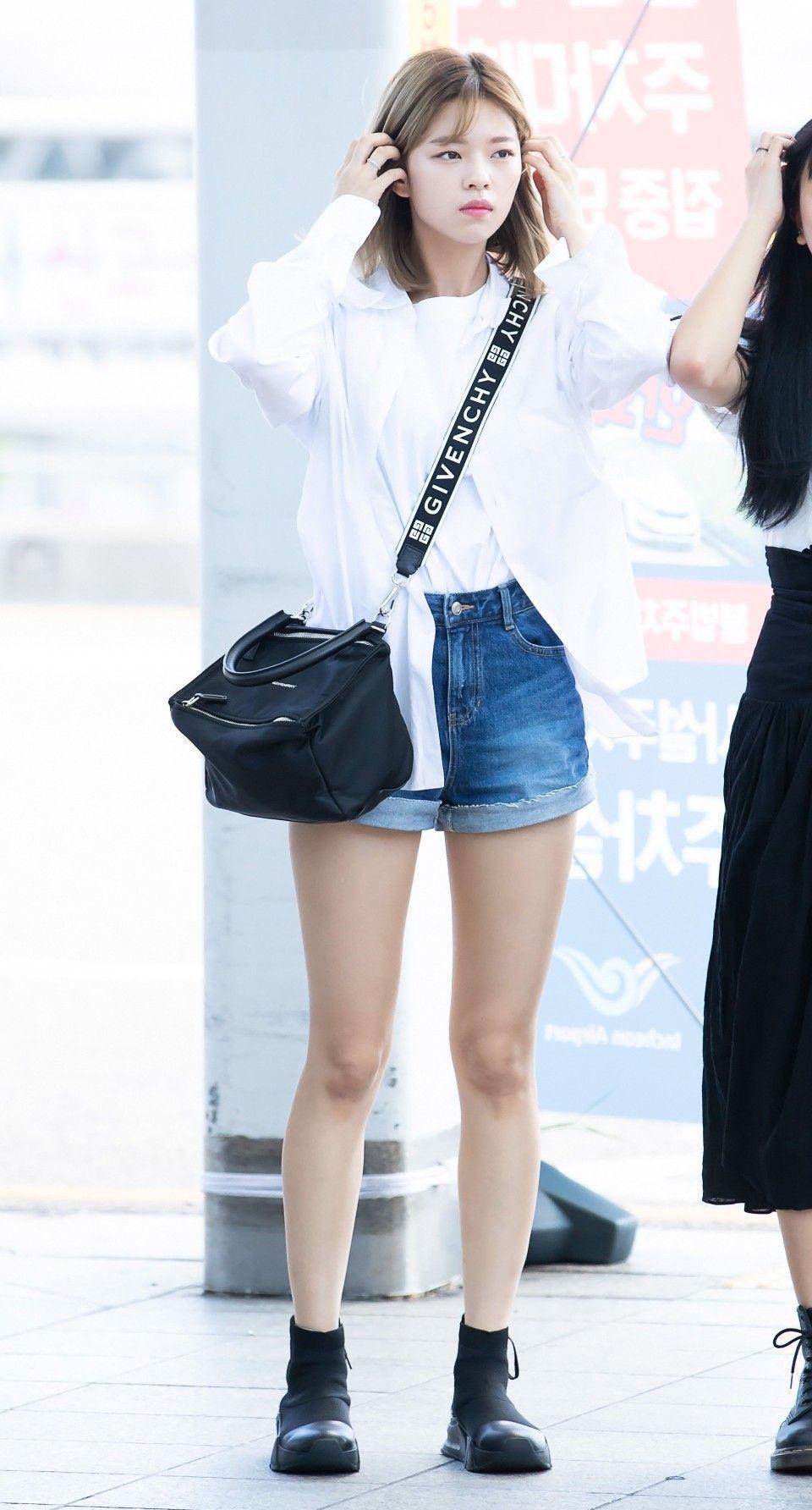 Twice Jeongyeon Kcon 2018 La Kpop Fashion Outfits Kpop Fashion Kpop Girls