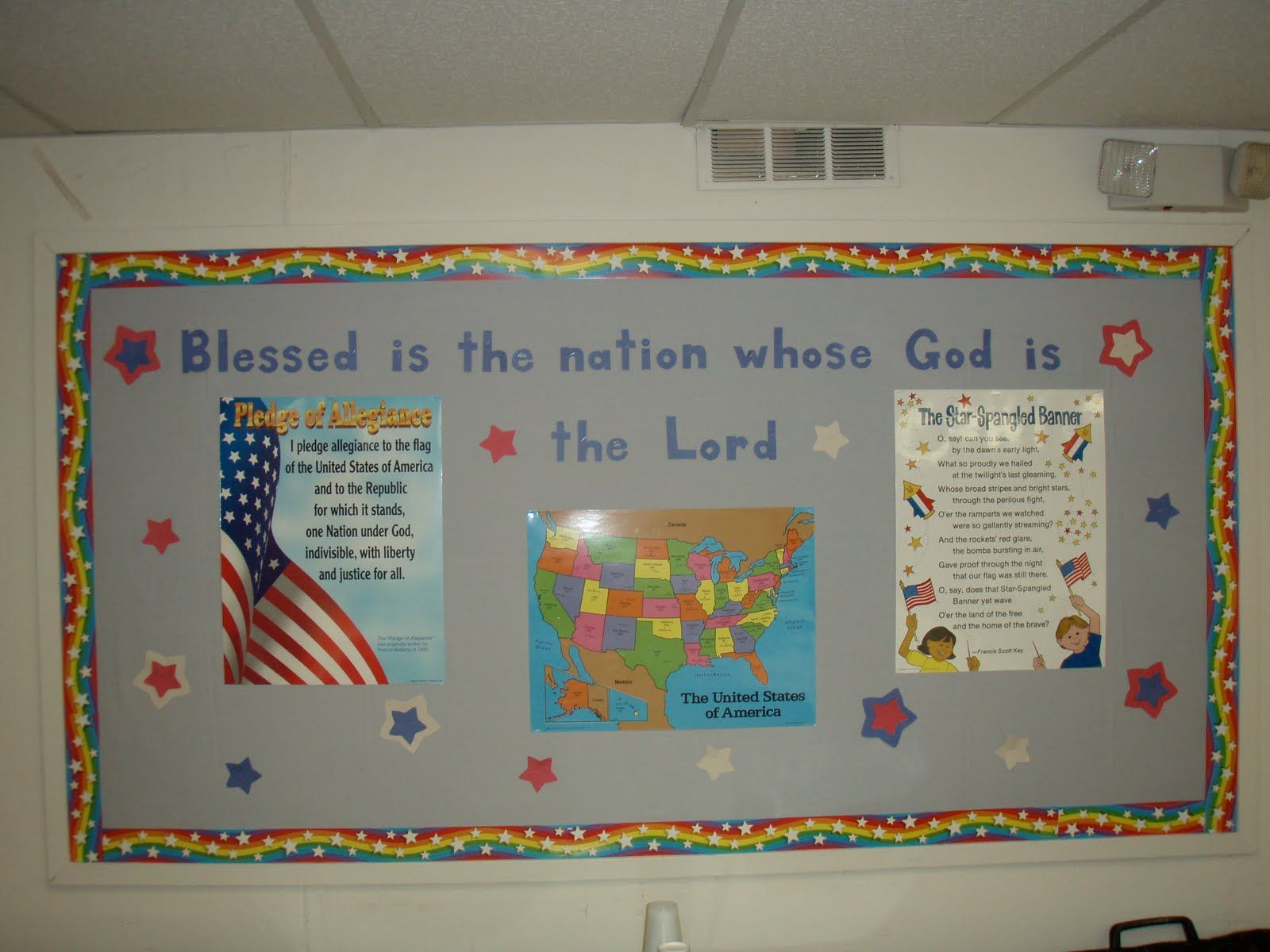 Bulletin board ideas for the month of july - Church Bulletin Board Ideas Board Are Posters Of The Pledge Of Allegiance