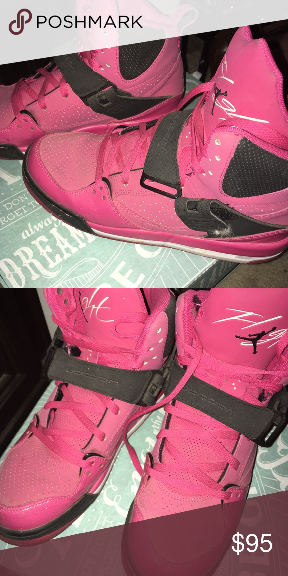 promo code 8724f 3ceac ✨Hot pink woman's Jordans✨ Hot pink with black woman's ...