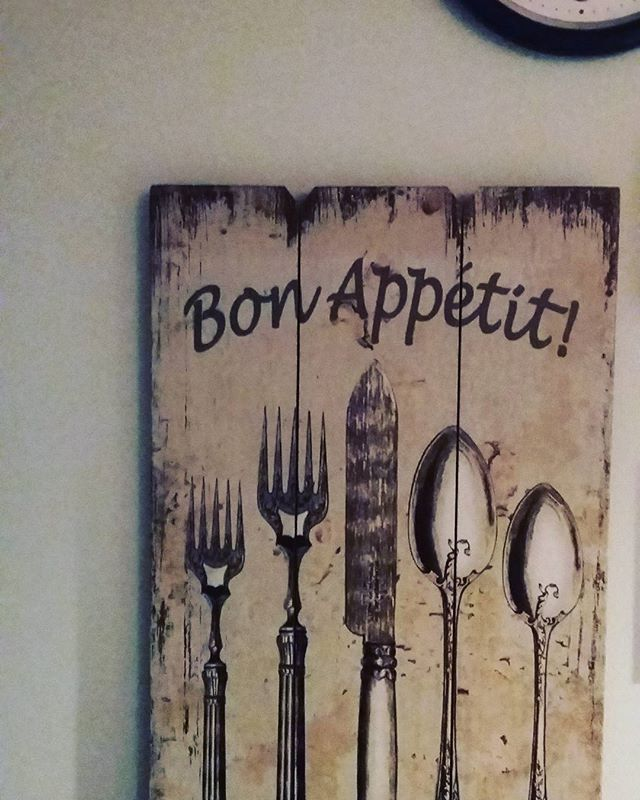 #keittiössä#uus#taulu#myös