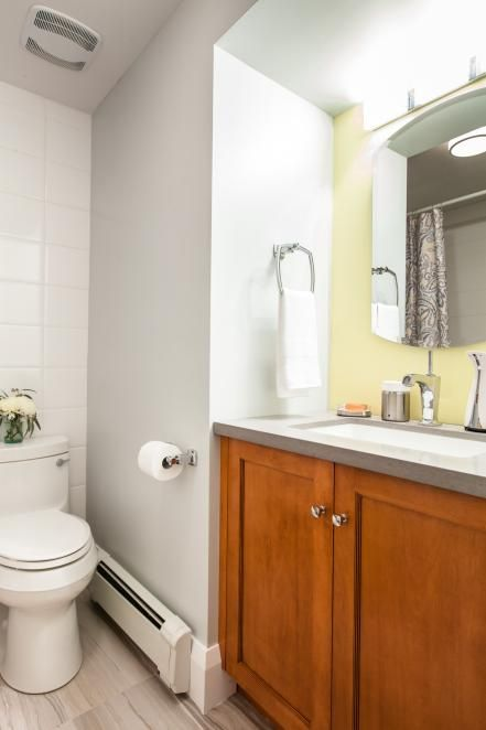 Before And After 30 Incredible Small Bathroom Makeovers Small Bathroom Remodel Half Bathroom Remodel Small Bathroom Remodel Designs