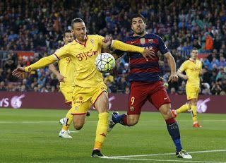 Blog Esportivo do Suíço: Com quatro gols de Suárez, Barça volta a golear e reassume a liderança
