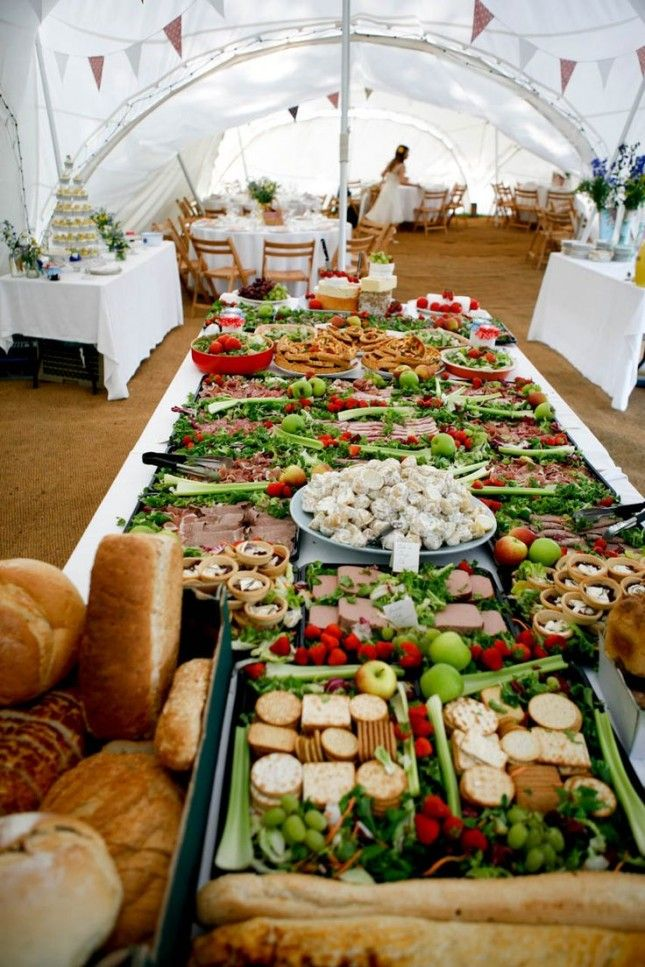 If your reception is around lunchtime, set up a sandwich buffet ...