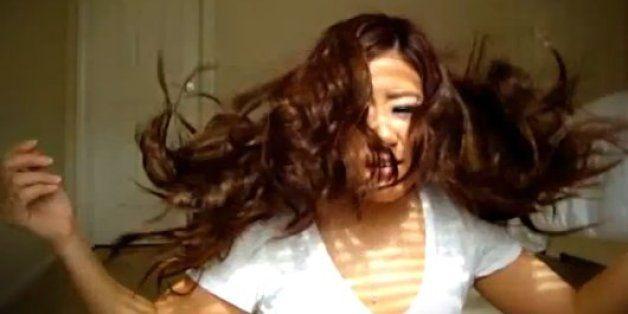 12 coisas que só mulheres com cabelo ondulado vão entender